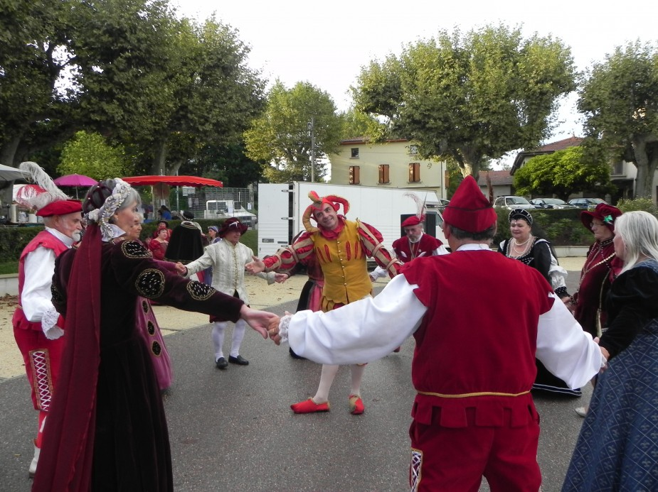 En images roussillon site officiel de la commune - Jour de fete vendenheim ...